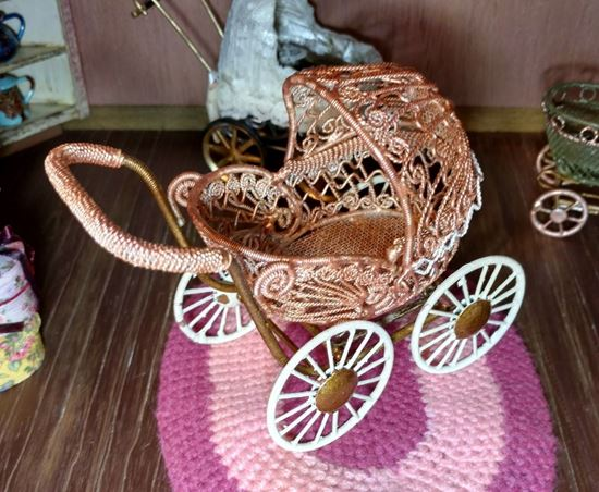 Picture of Dollhouse Baby Stroller