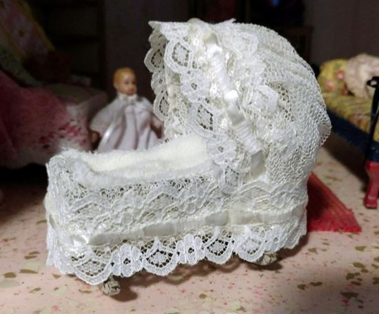Picture of Dollhouse Baby Cradle
