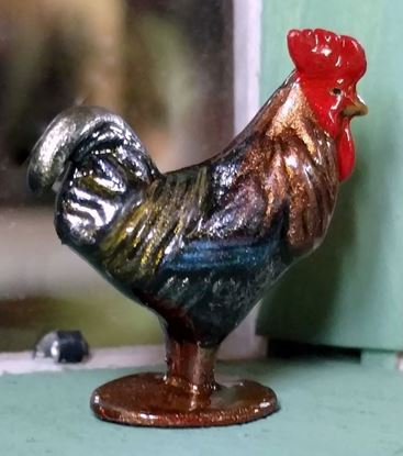 Picture of Dollhouse Miniature Old Pewter Rooster Brass/Blue Brass Base