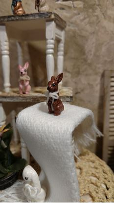 Picture of Dollhouse Metal Miniature Antiqued Brown Bunny