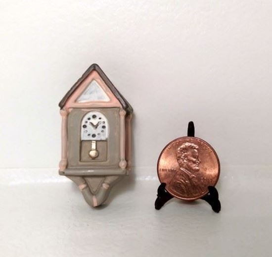 Picture of Dollhouse Miniature Resin Clock