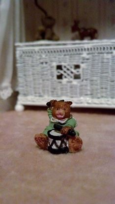 Picture of Tiny ceramic bear 11/16""