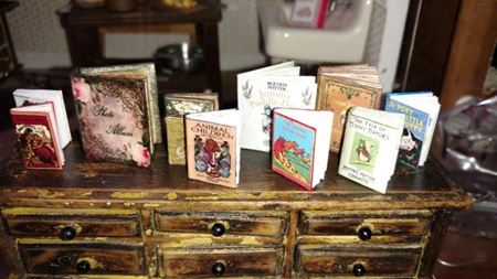 Picture for category Dollhouse Books