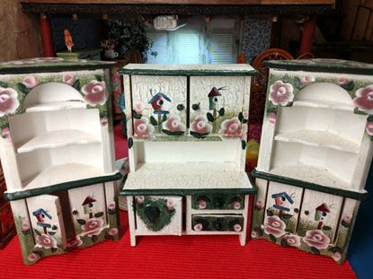 Picture of Three Piece Dollhouse Furniture Set