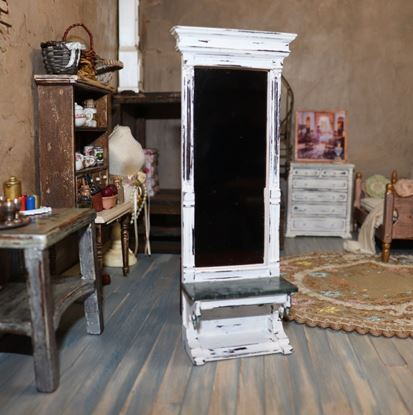 Picture of Dollhouse Mirrored Hall Table