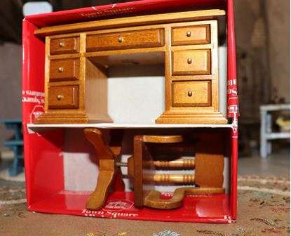 Picture of Dollhouse Desk and Chair