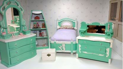 Picture of Hand painted vintage Dollhouse Bedroom Set