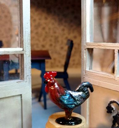Picture of Dollhouse Miniature Old Pewter Rooster Brown/Blue Black Base