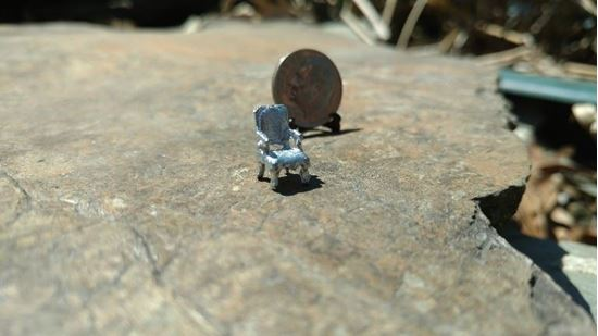 Picture of Dollhouse Metal Miniature Arm Chair