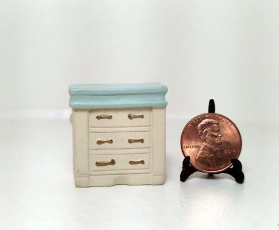 Picture of Dollhouse Miniature Resin Dresser 1:48 Scale