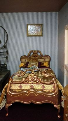 Picture of Dollhouse Single Bed