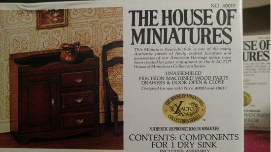 Picture of The House of Miniatures X-Acto Collector Series #40019