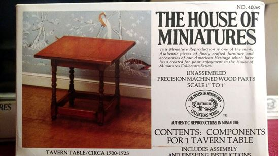 Picture of The House of Miniatures X-Acto Collector Series #40069