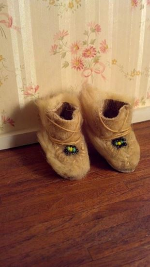 Picture of Leather & Fur Miniature Eskimo Boots
