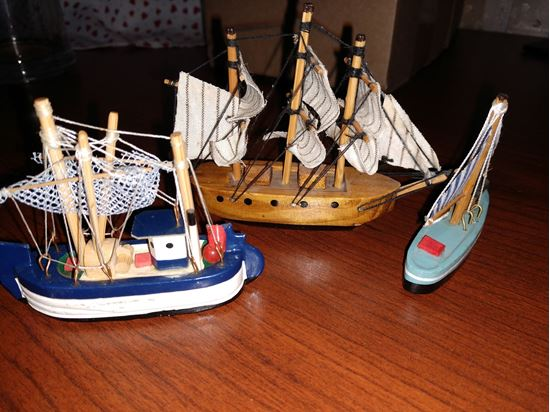 Picture of Miniature Sailboat Lot