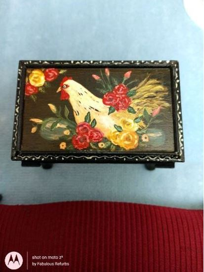 Picture of Dollhouse rooster table Black