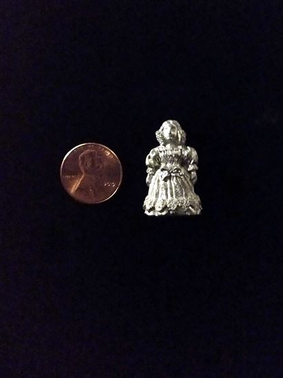 Picture of Miniature Metal Woman