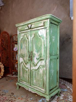 Picture of Dollhouse Shabby Chic Armoire