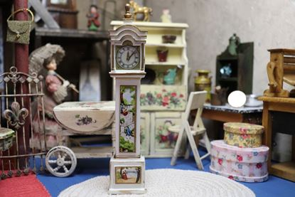 Picture of Petite Princess Fantasy Furniture