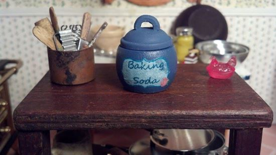 Picture of Small blue wooden crock