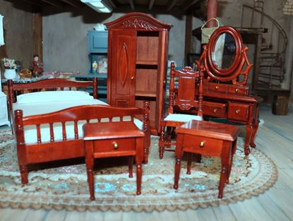 Picture of Dollhouse Mahogany Color Bedroom Set