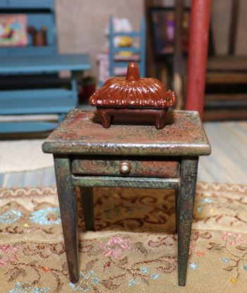 Picture of Dollhouse Painted Chafing Dish
