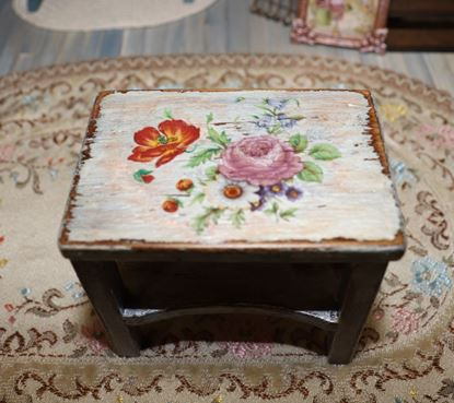 Picture of Dollhouse Kitchen Island Table
