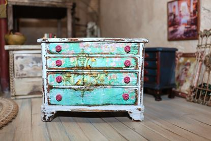 Picture of Dollhouse Dresser